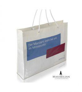 Einkaufstaschen Kunststoff mit Braumwollkordeln